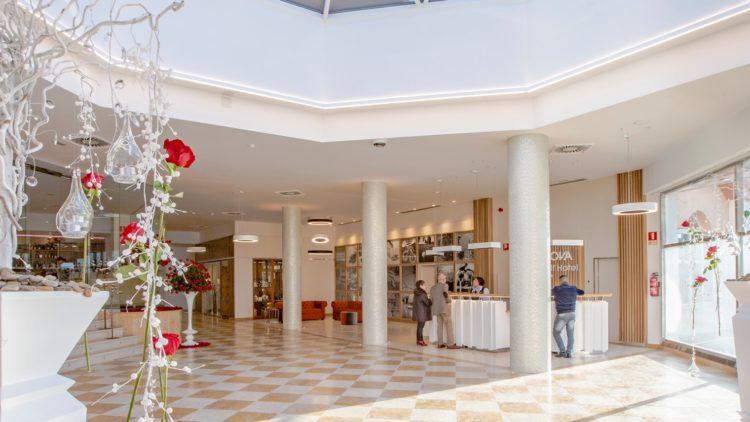Lobby Oliva Nova Beach & Golf Resort
